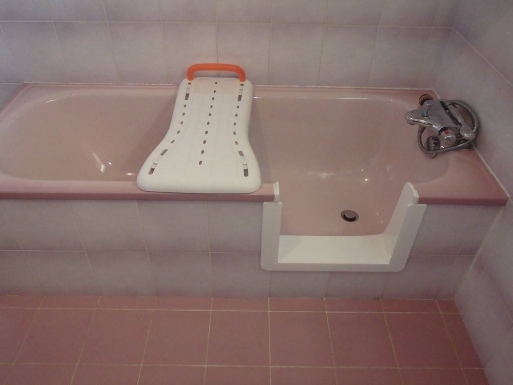 d coupe lat rale de baignoire agen bordeaux sobain. Black Bedroom Furniture Sets. Home Design Ideas
