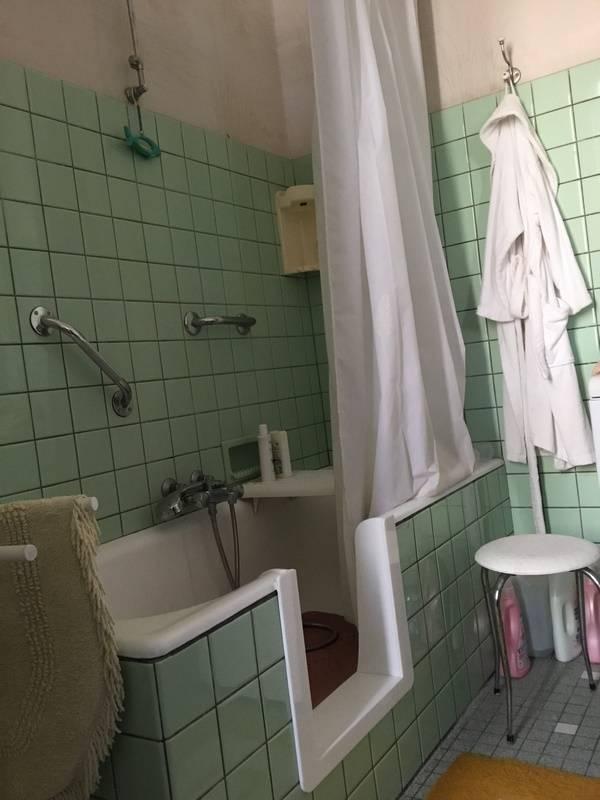 Transformer ma baignoire en douche bordeaux solution - Transformer une baignoire en douche ...