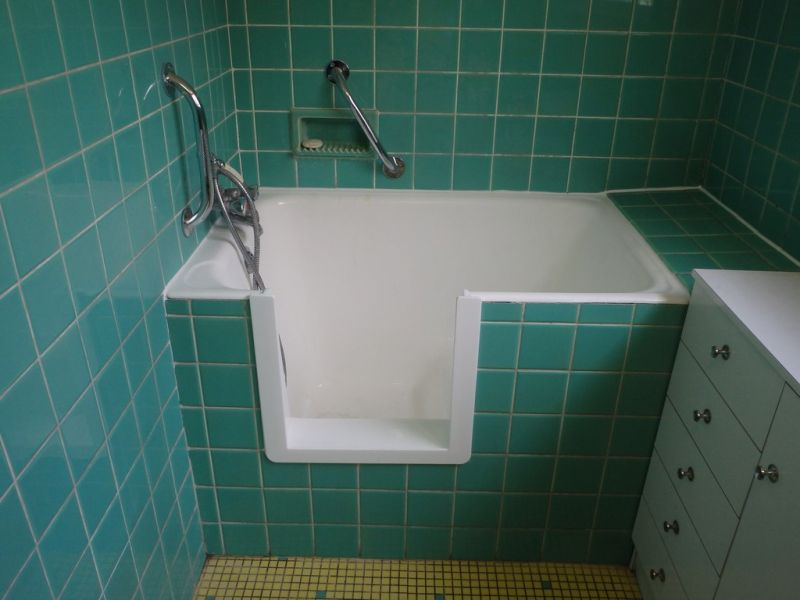 transformation de baignoire en douche bordeaux bordeaux. Black Bedroom Furniture Sets. Home Design Ideas