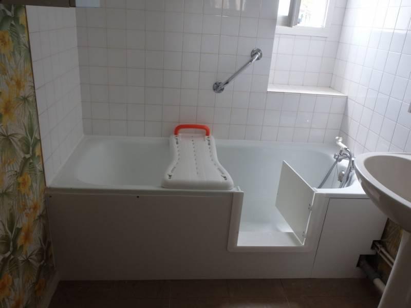 renovation baignoire acrylique peinture epoxy laque. Black Bedroom Furniture Sets. Home Design Ideas